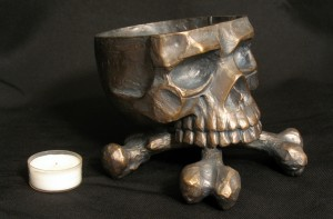 orapello_skullcauldron_1